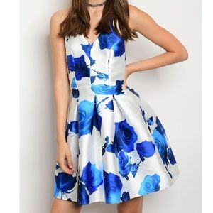 Dresses & Skirts - Blue Rose Print Backless Fit Flare Party Dress